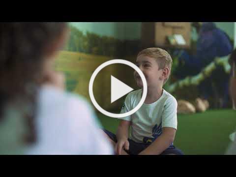 Hyacinth Macaw Institut Video