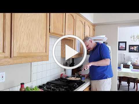 Pastor Phil Cooks Stir Fry