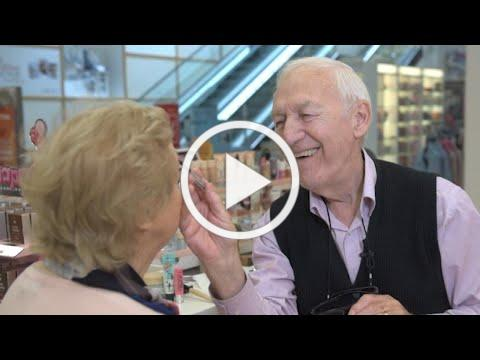 83-Year-Old Learns to Apply Wife's Makeup as She Loses Eyesight
