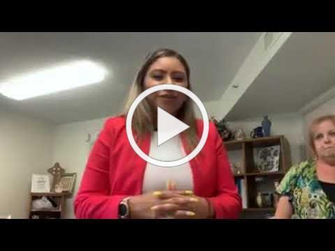 Community Manager Sandy Gonzalez