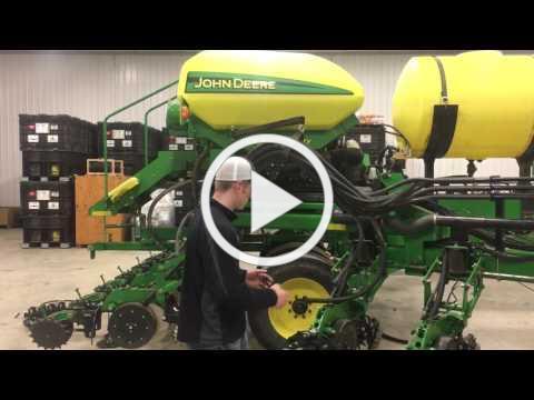 Fennig Equipment DB 90 2x2x2 planter fertilizer install DB90