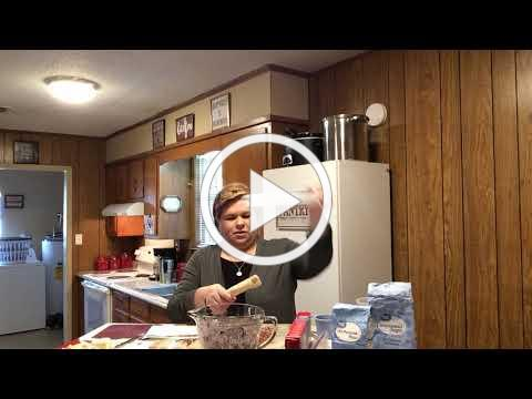 Mayem Mary in the Kitchen