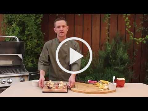 Himalayan salt plate recipes: Frozen banana split