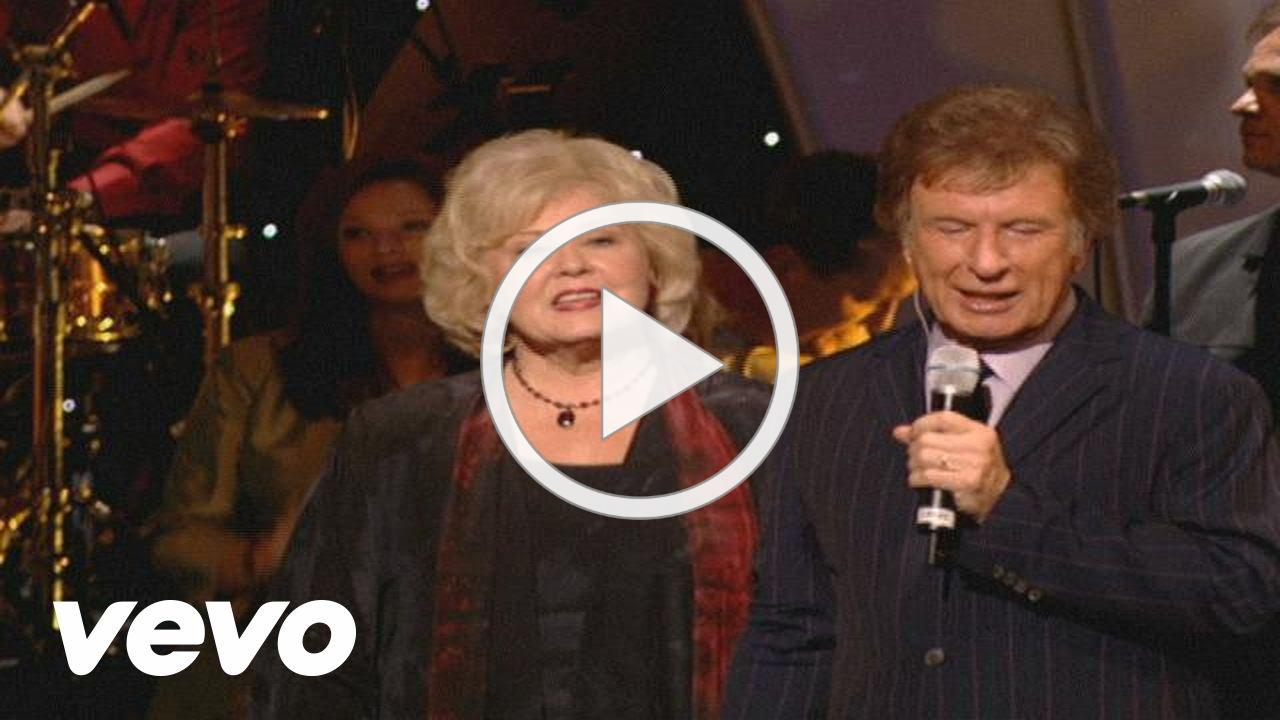 Gaither Vocal Band - Something Beautiful [Live]