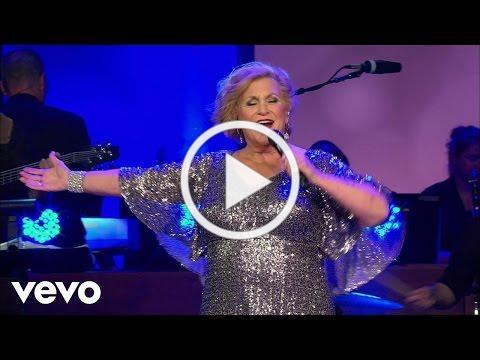 Sandi Patty - Love In Any Language (Live)