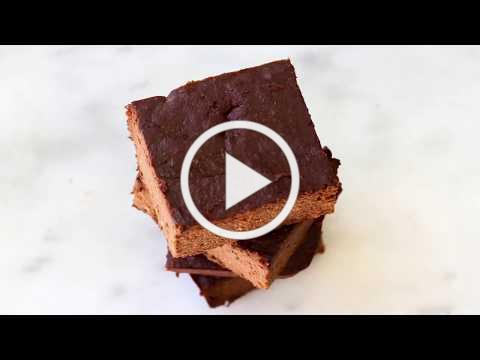 Healthy 3 Ingredient Flourless Brownies (Paleo, Vegan, Gluten Free)