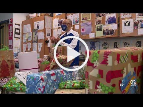 Martin County High School giving back this holiday season