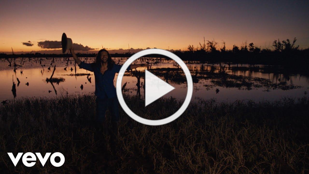 Draco Rosa - Quiero Vivir (Official Video)