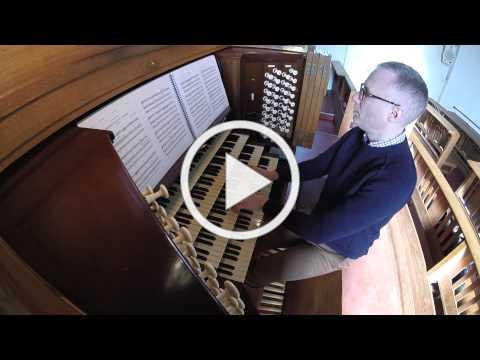 Andrew Cantrill plays Trumpet Tune In D by David Johnson, on the Organ of the Royal Hospital School