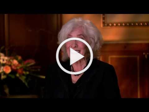 Betty Buckley LOVES Hollywood Pantages Theatre! |