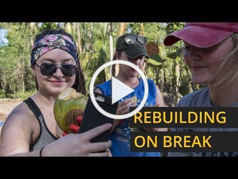 College students rebuild Puerto Rico on spring break