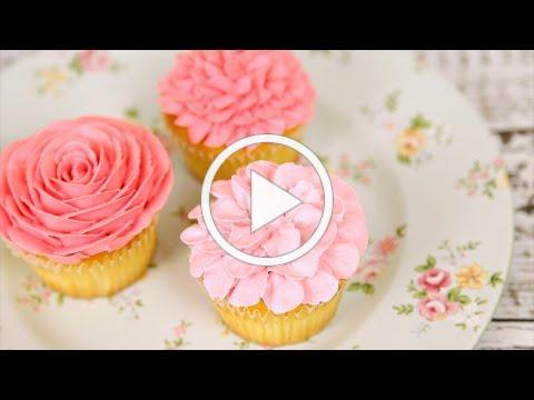Learn how to make amazing buttercream flowers_