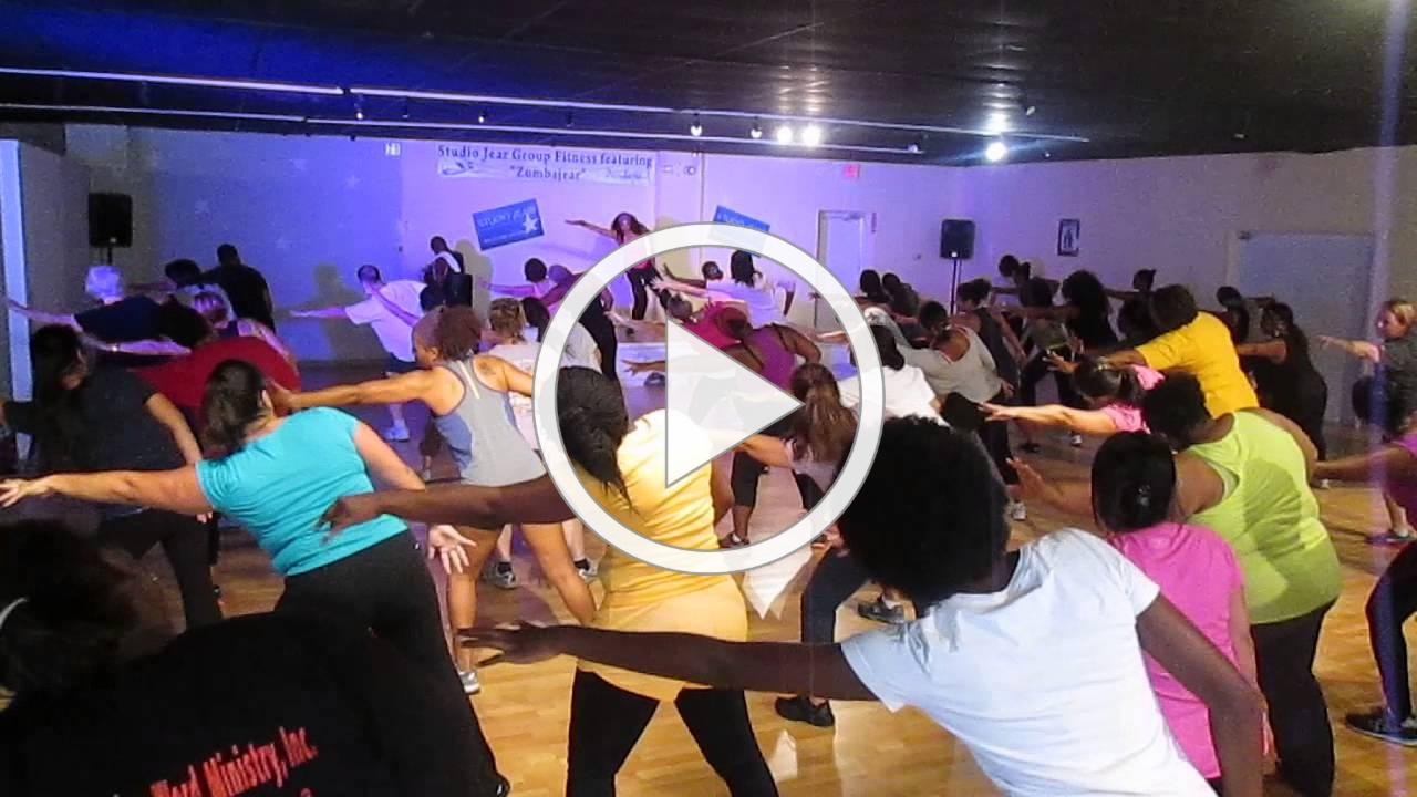 Zumba Fitness at Studio Jear - No Membership Fees or Contracts