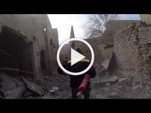 +18 دوما إسعاف مصاب جراء القصف الجوي على الأحياء السكنية 2018 2 20