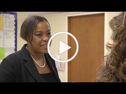 Rep. Nika Elugardo Visits ABCD Head Start