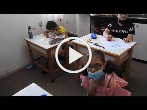 Egg hunt 007-young children in classroom