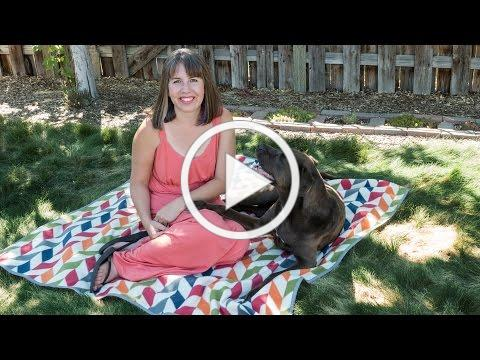 How to Sew a Covertible Picnic Blanket Tote