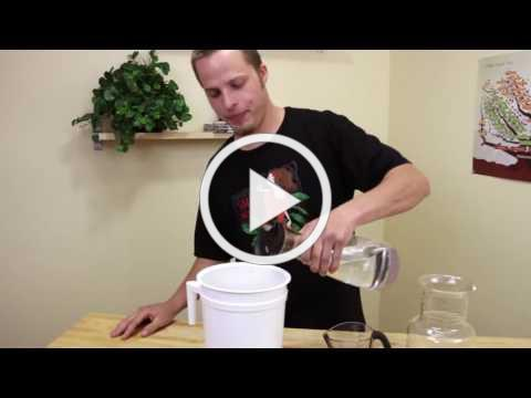How to cold brew coffee using the Toddy Cold Brew System