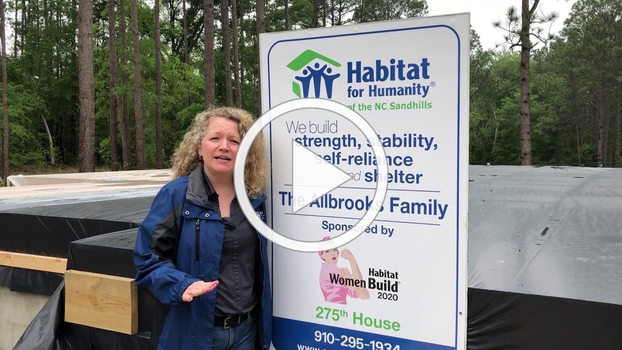 Farrah Welcomes volunteers