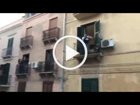 Italy Lockdown: Italian man plays Trumpet from his balcony during the Coronavirus Pandemic