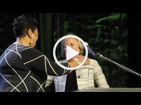 Dr. Gloria Close, Volunteer Philanthropist of the Year