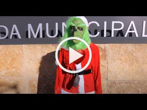 How the Grinch Stole Christmas in Buda