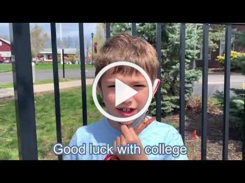 Lower School Students Wish the Seniors Well