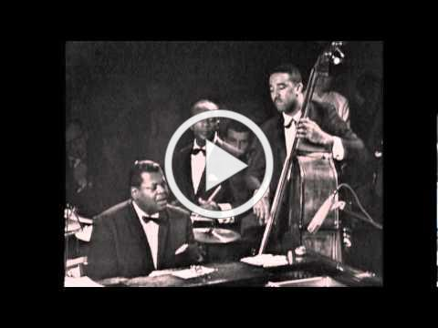 Oscar Peterson - Hymn To Freedom (Ray Brown - bass, Ed Thigpen - drums)