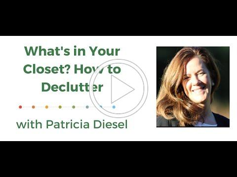 What's In Your Closet? How to Declutter!
