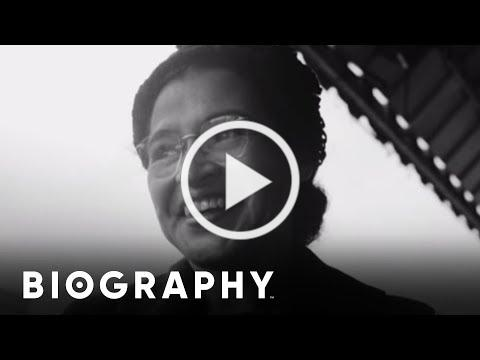 Rosa Parks - Civil Rights Activist | Mini Bio | BIO