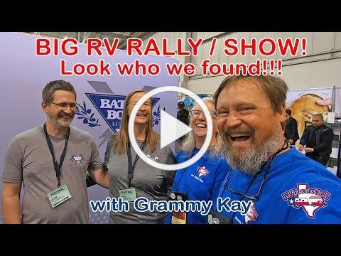 Look Who We Found in Minot ND! | FMCA International Convention | Full Time RV Life